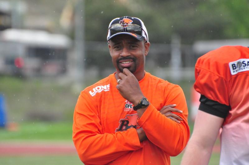 Coach Khari Jones